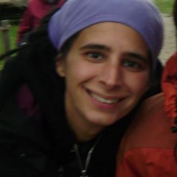 Laura Comis